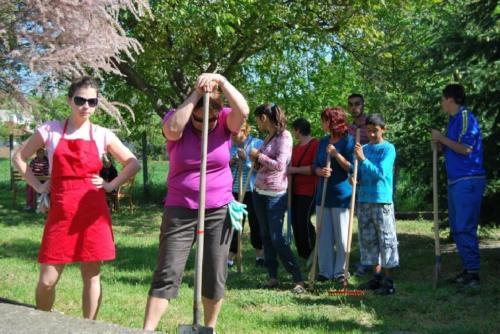 2013 - Vállalati Önkéntesek Napja, Kerepes - Feladatra várva